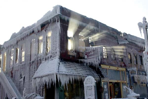 frozen-firefighters1, firefighter, fire in nebraska, amazing atmosphere after fire in Nebraska, nebraska house, ghost town, fire during polar vortex