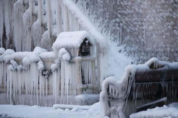 frozen-firefighters2