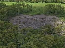 sinkhole, louisisan sinkhole, louisiana, louisiana sinkhole expands, January 2013