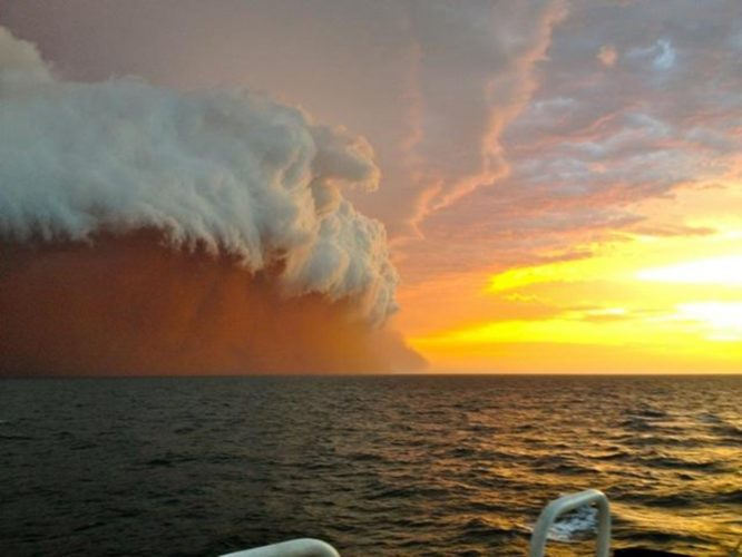 red sand storm hits western Australia