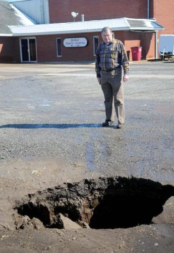 second sinkhole open up in Enid Oklahoma