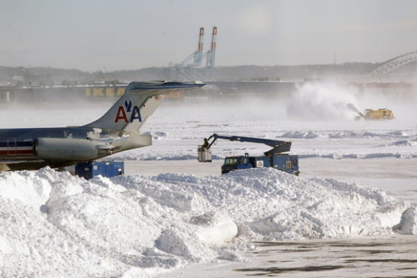Severe and weird weather: Blizzard approaches US north-east as region braces for historic snow - February 8 2013