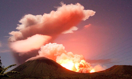 mount lokon erupts in Indonesia march 2013