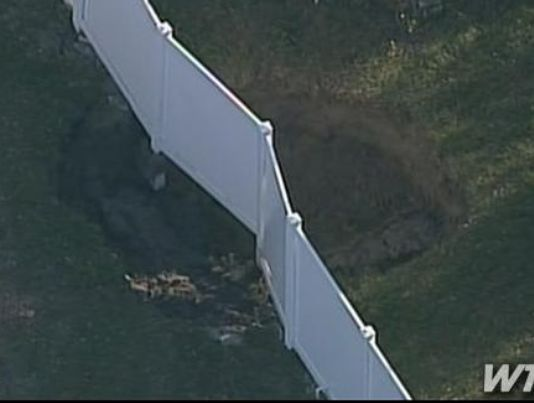 sinkhole opens up in Seffner, Florida