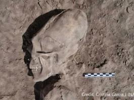 alien skulls mexico, elongated skulls mexico, elongated alien skulls mexico, alien skulls el cemeterio, Alien Skulls Found In El Cementerio mexico, skull deformation mexico, alien skull deformation mexico