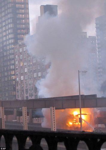truck explosion new york bridge april 2013