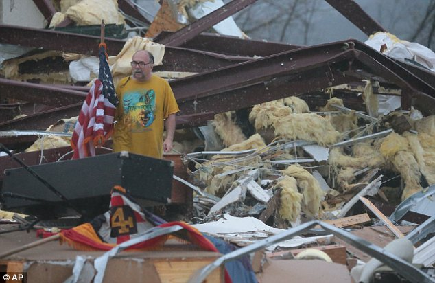 devastating tornadoes hit botkinburg arkansas april 10 2013