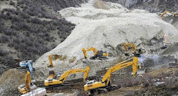 coal mine explosion china 2013, copper mine tibet landslide 2013