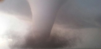 Monster tornado hits kansas and Oklahoma on sunday may 19 2013