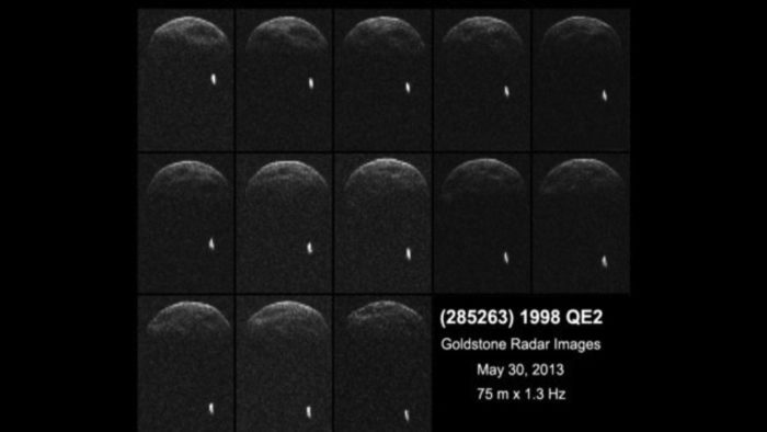 Amazing space discovery: Asteroid 1998 Q2 has an orbiting moon, near eath asteroid, 1998 Q2, asteroid, fligh-by of 1998 Q2 may 2013, asteroid fly-by may 2013, 1998 Q2 fly-by asteroid may 2013, asteroid fly-by may 2013, asteroid collision may 2013, space collision may 2013, space fly-by earth, asteroid flies by earthmay 2013, fly-by asteroid has a moon