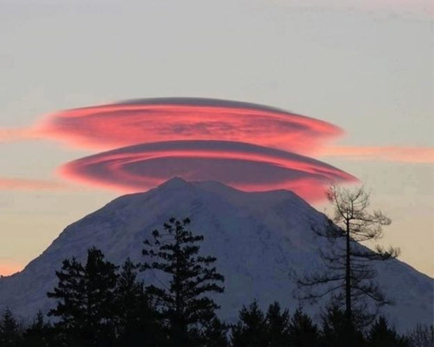 lenticular clouds photo over mountain