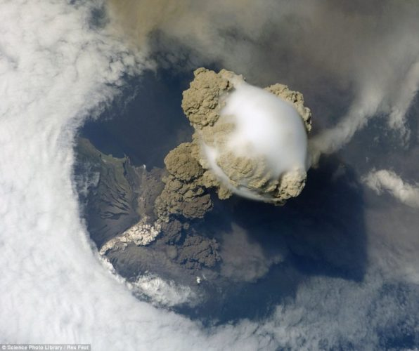 Pileus cloud above the Sarychev volcano