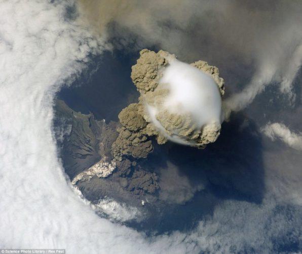 Pileus cloud above the Sarychev volcano