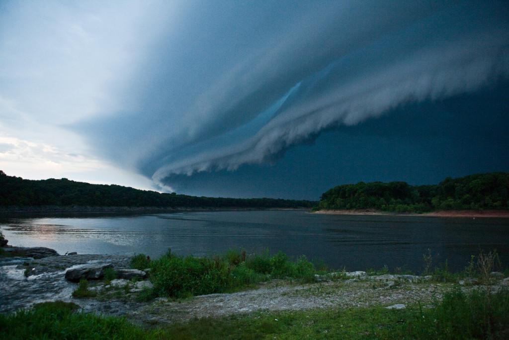 Amazing shelf cloud