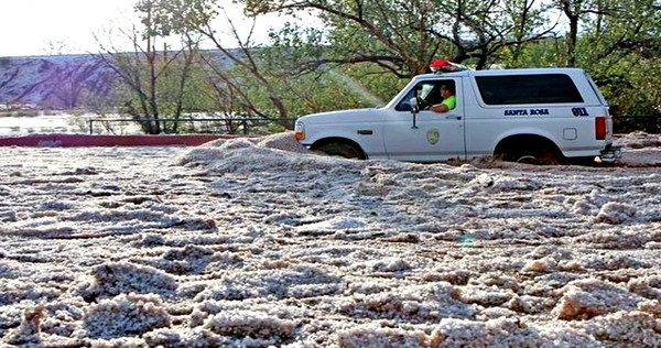 apocalyptic hailstorm in New Mexico july 2013