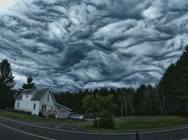 mysterious asperatus undulatus cloud formation