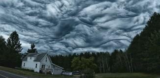 Strange Sky Phenomenon: The Mysterious, Wild and Wave-Like