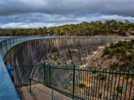 Whispering wall, Whispering Wall at Barossa Dam Reservoir, acoustic attraction, Mysterious Whispering Wall at Barossa Dam Reservoir australia, Mysterious Whispering Wall adelaide, Mysterious Whispering Wall australia,