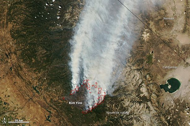 yosemite park fire view from sky august 2013 , yosemite  fire looked like from space on Monday (via NASA):