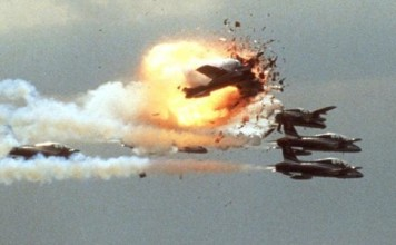 Ramstein Air Show Accident, Ramstein Air Show Crash 1988, AIRSHOW CRASH ramstein, Ramstein Air Show Accident video, Ramstein Air Show Crash 1988 video, AIRSHOW CRASH ramstein video