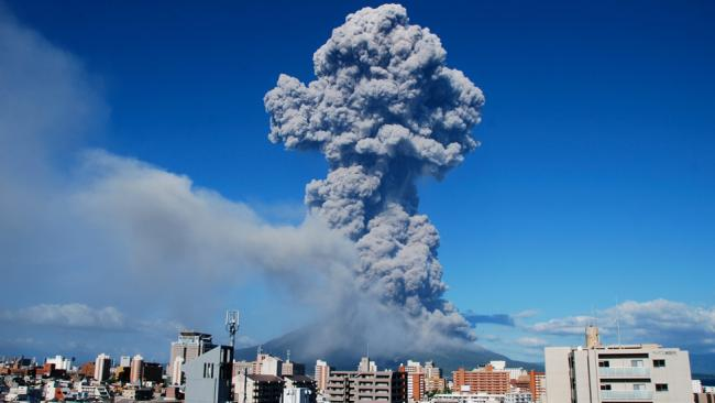 sakurajima eruption in Japan, largest sakurajima eruption in Japan, sakurajima eruption, largest sakurajima eruption, best video sakurajima eruption, sakurajima eruption, sakurajima volcano eruption, Sakurajima Volcano Erupts in Japan: Largest Eruption in Decades Sends Ash Plume Thousands of Feet High