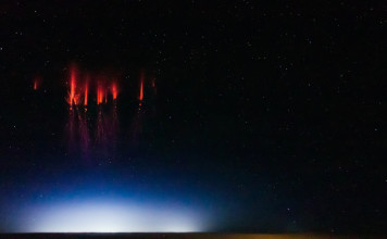 red sprites, red sprites photo, red sprites lightning, red sprites phenomenon, mysterious red sprites phenomena, red sprites space weather phenomenon, sprites photo and video, Red sprites over Nebraska, August 12, 2013 by Jason Ahrns