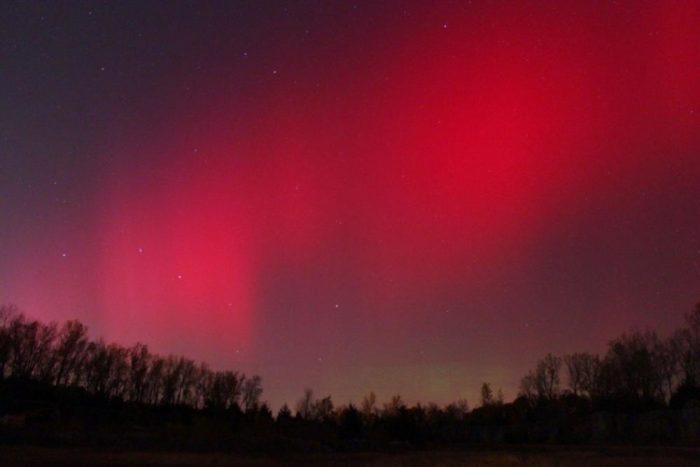 mystic red aurora in the sky, rare sky phenomenon: rare red aurora borealis, best red aurora, aurora photo