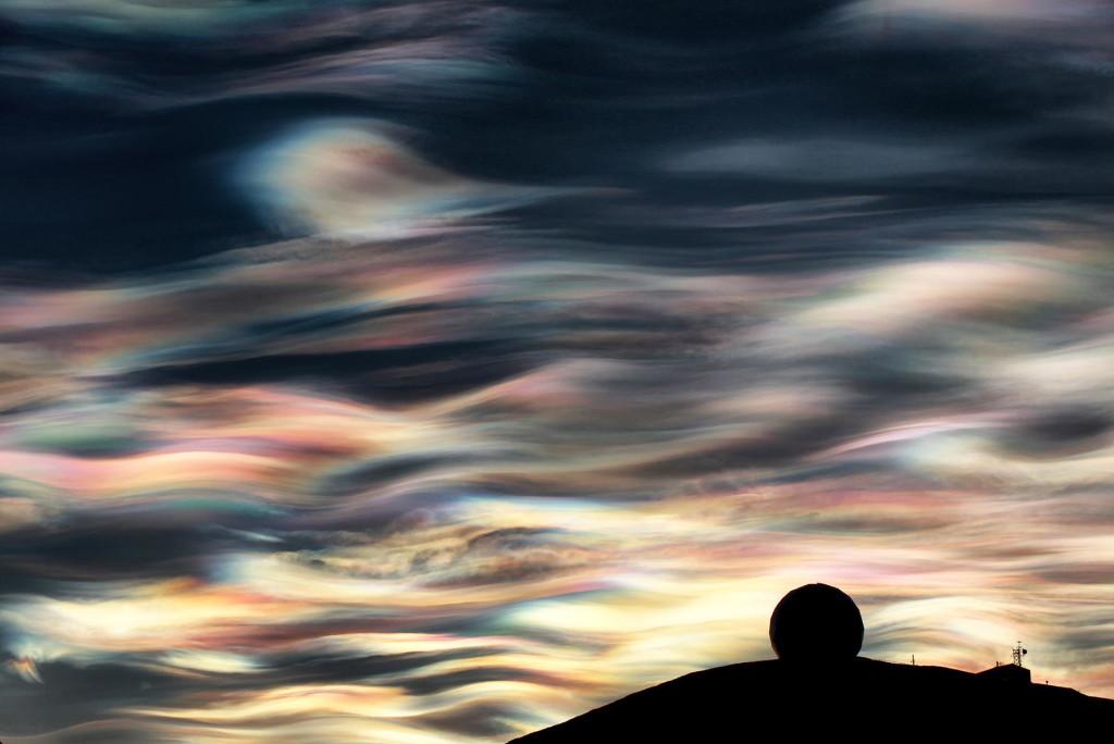 Antarctic Nacreous clouds, Amazing Nacreous Clouds: Polar Stratospheric Clouds at McMurdo Station in Antarctica, best nacreous clouds pictures, nacreous clouds photos