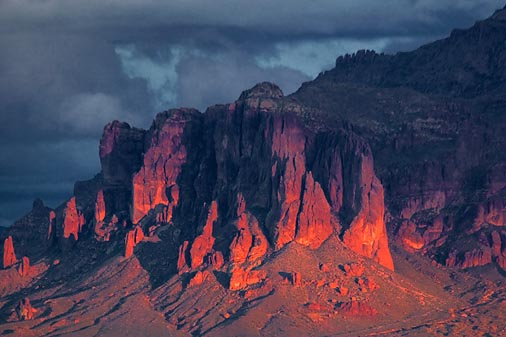 Legend and mystery around Superstition Mountains, apache legend, american indian legend and superstition