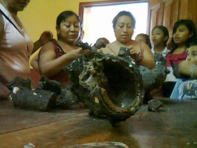 Ichmul meteorite, meteorite creates power outage in Ichmul, yucatan city hit by fireball, meteorite crashes in Yukatan, Ichmul meteorite, Ichmul meteorite strikes yucatan, yucatan meteorite scares maya village, meteorito yucatan, meteorite yukatan, space debris yucatan