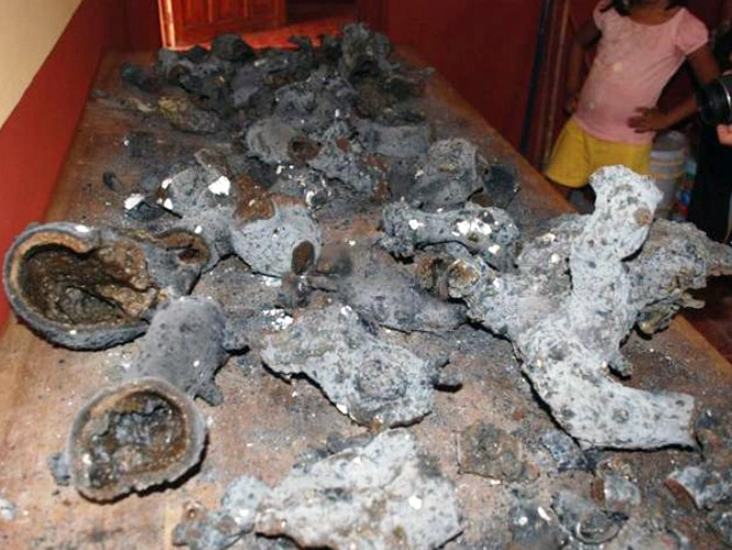 http://strangesounds.org/wp-content/uploads/2013/09/meteorito-yucatan-290913-5.jpg