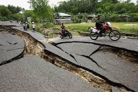 sinkhole reports 2013, sinkhole philippines 2013, sinkhole formation october 2013, sinkhole philippines october 2013, huge sinkhole open up in philippines after october 15 earthquake, sinkhole philippines , sinkhole philippines earthquake october 2013