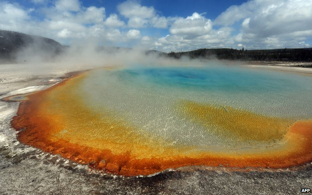 yellowstone supervolcano, yellowstone supervolcano size, yellowstone supervolcano ne findings, yellowstone supervolcano news , yellowstone supervolcanonew findings december 2013, yellowstone supervolcano news december 2013, research about yellowstone supervolcano, research about yellowstone supervolcano 2013, latest news yellowstone supervolcano, yellowstone supervolcano 2013, yellowstone supervolcano is larger than previously estimated