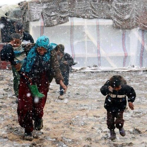 Refugees in Syria under snow, state of emergency in Syria after snow storm - December 2013, State of Emergency for refugees after snow covered their camps - December 2013