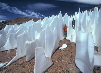 Atacama penitentes, atacama, penitentes, chile penitentes, penitentes photo, Penitentes in Atacama desert, Penitentes in Atacama desert photo, photo of Penitentes in Atacama desert