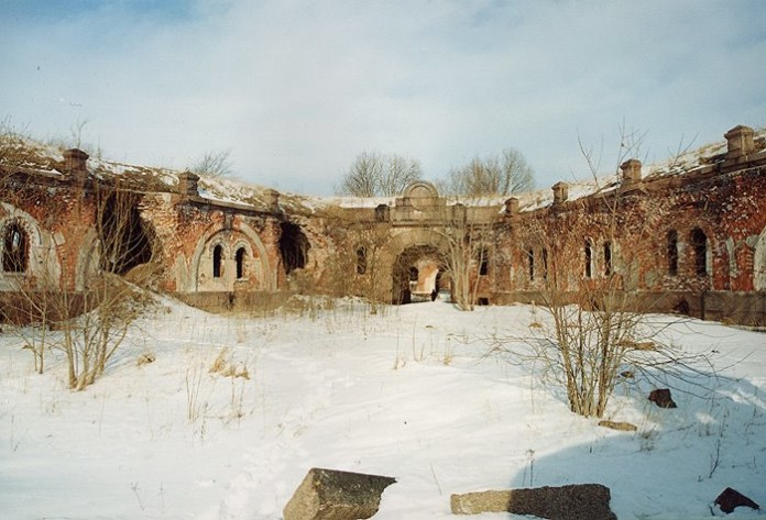 Mysterious Fort Zverev, Fort Zverev, Fort Zverev melted bricks, hell on earth: Fort Zverev, mysterious places on earth: Fort Zverev, Fort Zverev strange places, strange places around the world russia, strange places in russia