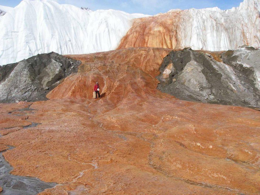 Blood Falls Antarctica, The mysterious Blood Falls in Antarctica, The mysterious Blood Falls in Antarctica pictures, The mysterious Blood Falls in Antarctica video