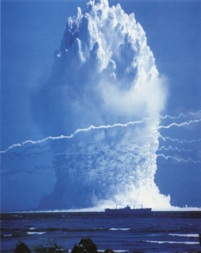 Operation Hardtack Umbrella nuke, video Operation Hardtack Umbrella nuke, underwater explosion video, video of operation Hardtack underwater nuke, underwater nuke tsunami video, video of underwater nuke waves, Operation Hardtack Umbrella (name of the bomb) underwater nuke,