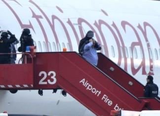 co-pilot of ethiopian airways hijacks a plane to get swiss asylum photo, co-pilot of ethiopian airways hijacks a plane to get swiss asylum video, photo ethiopian airways hijack, ethiopian airways hijack, ethiopian airways hijack february 2014, ethiopian airways hijack hijack 2014, ethiopian airways hijack february 2014, ethiopian airways hijack copilot hijack plane to get swiss asylum, swiss asylum by hijacking a plane, Ethiopian Airlines co-pilot hijacks plane to seek Geneva asylum, Ethiopian Airlines co-pilot hijacks plane to seek swiss asylum, ethiopian hijacks plane for swiss asylum, get a swiss asylum by hijacking a plane, co-pilot of ethiopian airways hijacks a plane to get swiss asylum. Photo: BBC