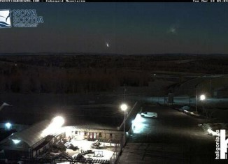 Fireball explosion over Maritimes and Quebec video march 18 2014, loud booms canada march 2014, fireball explosion canada march 2014, loud booms and rumblings after meteor explosion over maritimes and quebec march 18 2014, meteor explosion march 18 2014, meteor explosion video maritimes and Quebec march 18 2014, video fireball explosion maritimes and quabec march 18 2014, fireball explosion loud booms march 2014 video, video of fireball explosion canada march 2014, fireball explosion creates loud boom over maritimes and Quebec march 2014 video, video of meteor explosion over maritimes and Quebec march 14 2014, Fireball explosion over Maritimes and Quebec - March 18 2014