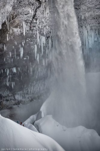 Giant Helmcken falls, cool waterfalls in Canada, cool frozen waterfalls, frozen waterfally in Canada, Giant Helmcken falls in the Wells Gray Provicial Park in British Columbia, Canada