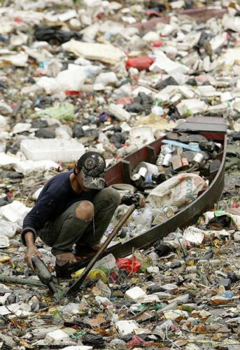 citarum river extreme pollution river photo, citarum river, citarum river trash, citarum river pollution, The extremely dirty citarum river flows downstream into rice paddies where families dangerously use it to live, people rely on citarum river
