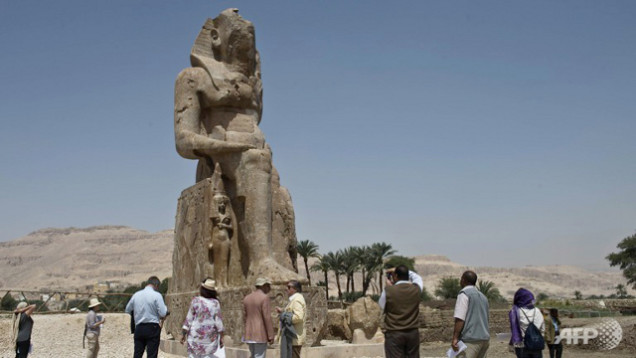 new statues of Amenhotep III in Luxor - march 2014, new pheraoh statures unveiled in Luxor egype march 2014, ancient statues of pharaoh Amenhotep III just unveiled in Luxor, Luxor amenhotep III statues march 2014, new statues of amenhotep III unveiled in Luxor Egypt march 2014, new pharaoh statue unveiled in Luxor, new amazing pharaoh statues just unveiled in Egypt march 2014, , Two recently restored statues of Amenhotep III recently unveiled in Luxor - March 2014, This is one of the two restored statues of Amenhotep III that were just unveiled in Luxor Egypt on March 23 2014