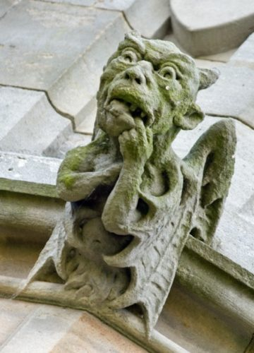 alien weird gargoyle, Gargoyles, weird Gargoyles, strange Gargoyle, Gargoyles on ancient churches look alien and out of science-fiction books , alien gargoyles, monster gargoyles, terrifying gargoyles around the world,alien gargoyle photo, dragon gargoyle photo, monster gargoyle photo, weird gargoyle on church, strangest gargoyle around the world, science-fiction gargoyle around the world, A scared or surprised dragon on Bamburgh Castle in England by Matthew Boyle