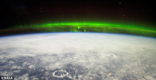 aurora iss, aurora iss photo, space station aurora picture, jellyfish aurora photo, mysterious aurora, strange northern lights photo