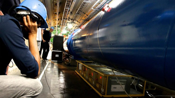 large hadron collider, large hadron collider sound,  large hadron collider sound CERN, CERN sound, large hadron collider sound, soundscape sound, CERN soundscape sound, experiemental sound CERN, Art sound CERN, large hadron collider Sound  in CERN. Photo: Wikipedia, Recording the sounds of the large hadron collider in CERN. Photo: Wikipedia, strange sounds CERN