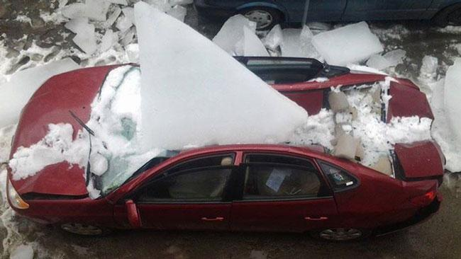 US extreme winter 2014: Ice fall on parked car in Winsted Connecticut - March 13 2014, us extreme winter 2014 photo, us extreme winter 2014, This Facebook Photo Shows the Fury of a Brutal us Winter 2014, extreme weather usa 2014, us extreme weather 2014, photo of extreme weather winter 2014 usa, us extreme weather 2014 photo