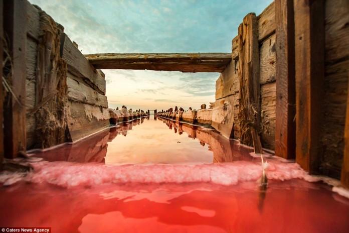 abandonned salt mine at Lake Sivash in Crimea, abandonned salt mine at Lake Sivash in Crimea. Photo: Sergey Anashkevych, lake sivash red, amazing lake sivash in crimea, crimea lake sivash abandonned salt mines, slt mines lake sivash photo, photo lake sivash crimea, crimea lake sivash photo