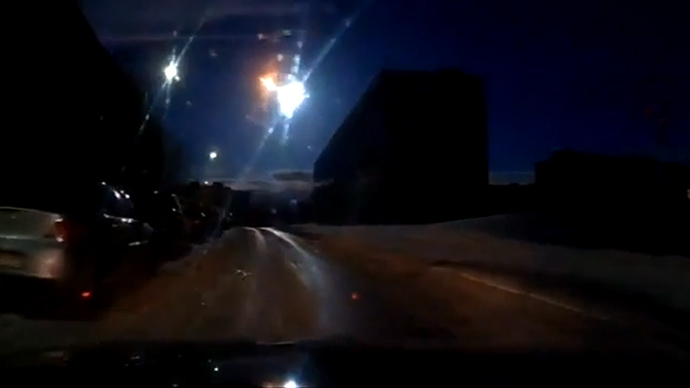 murmansk fireball explosion, fireball explosion russia, russia fireball explosion april 19 2014, murmansk meteor video, murmansk fireball meteor explosion april 19 2014, fireball explosion murmansk russia april 19 2014