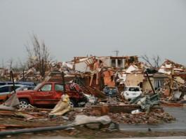 joplin tornado, tornado in joplin 2011, tornado joplin sound, sound of F5 tornado in Joplin, sound record of joplin tornado 2011, F5 tornado destroyed Joplin in Missouri on May 22, 2011